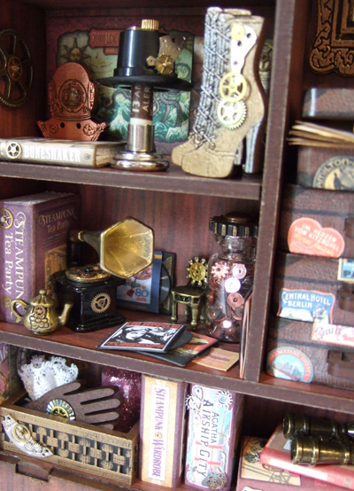 cabinet-of-steampunk-glam-curiosities-3